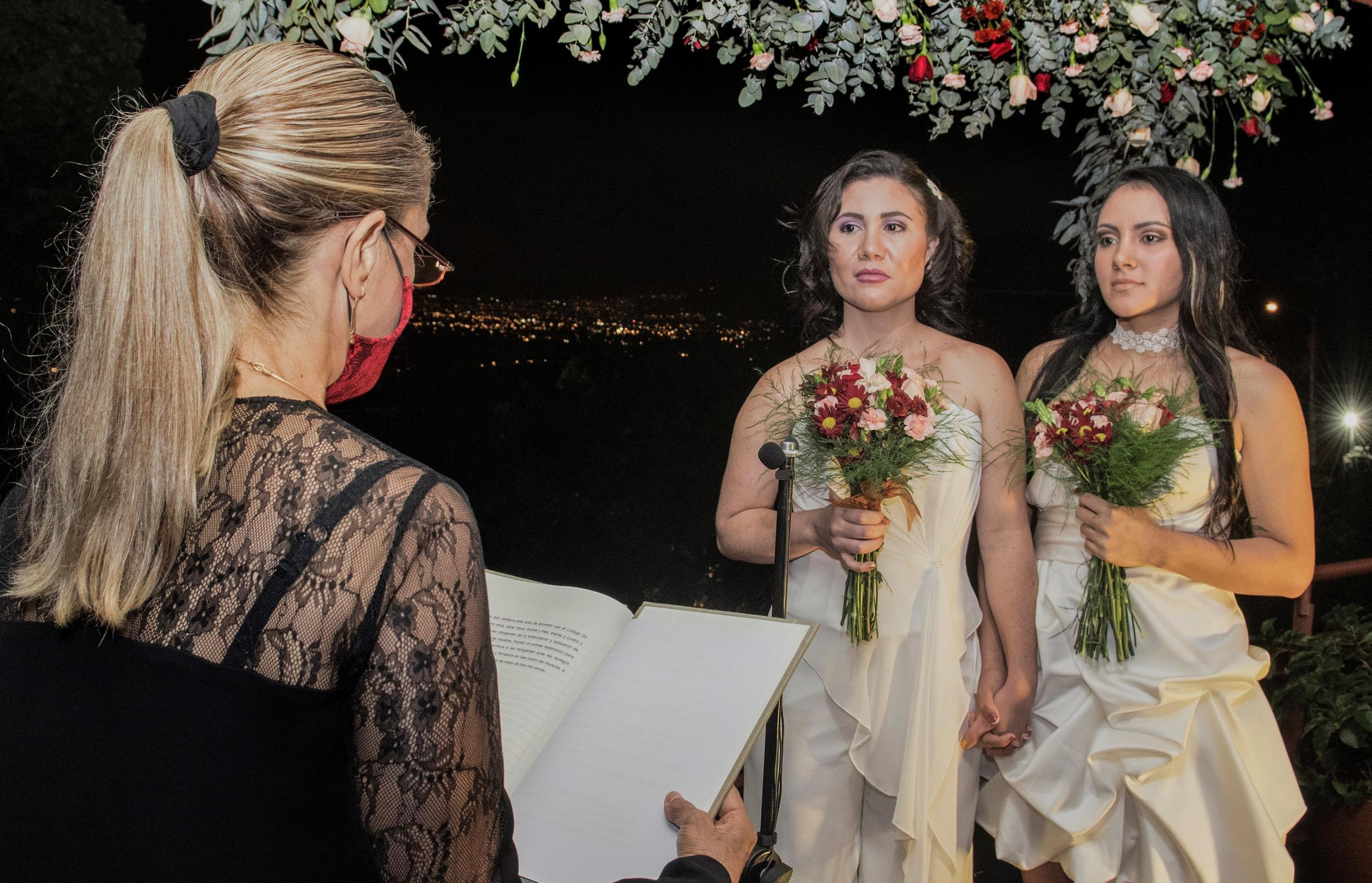 Costa Rica legalises same-sex marriages in first for Central America