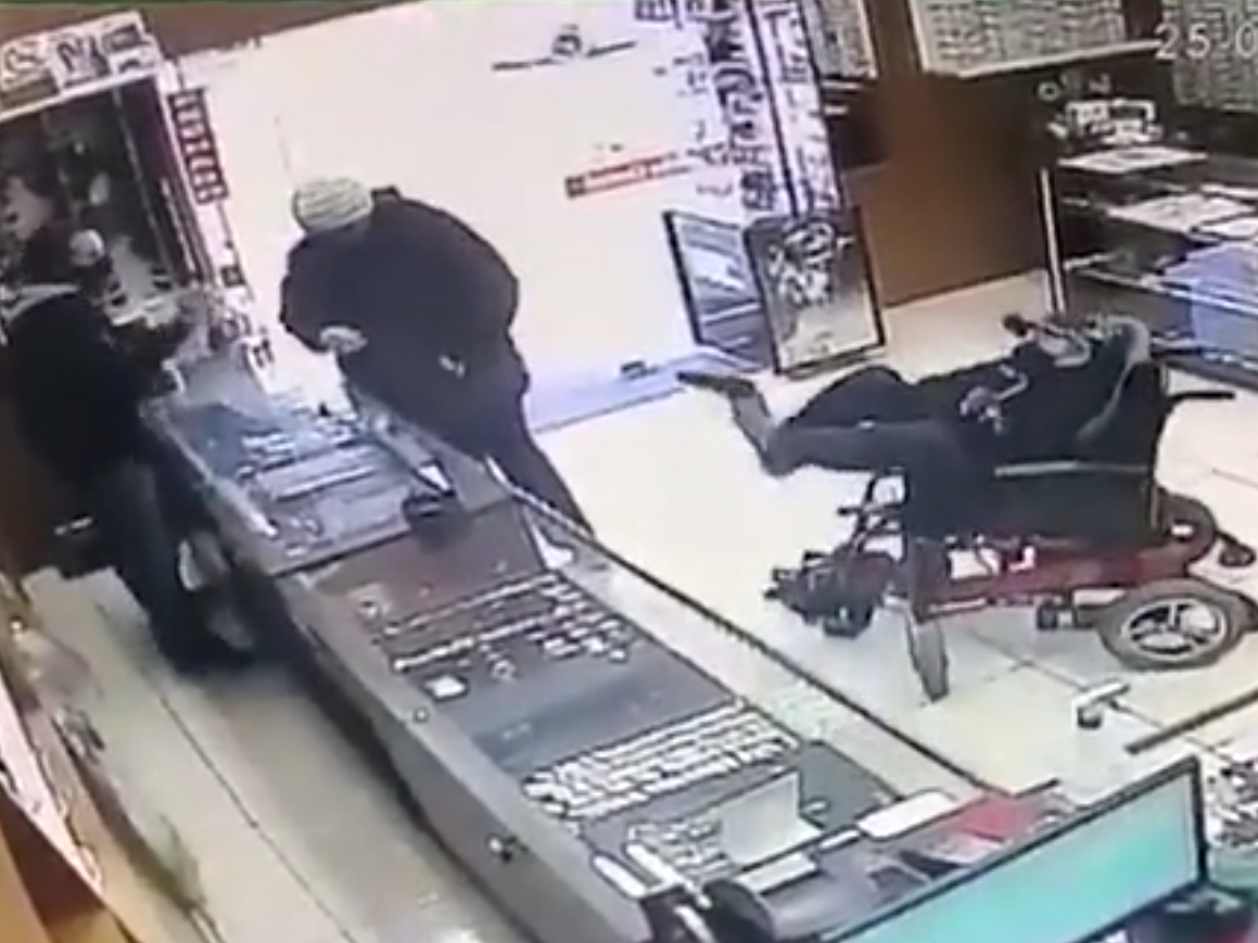 Paralysed deaf-mute teenager attempts to rob Brazil jewellery shop holding gun with his feet
