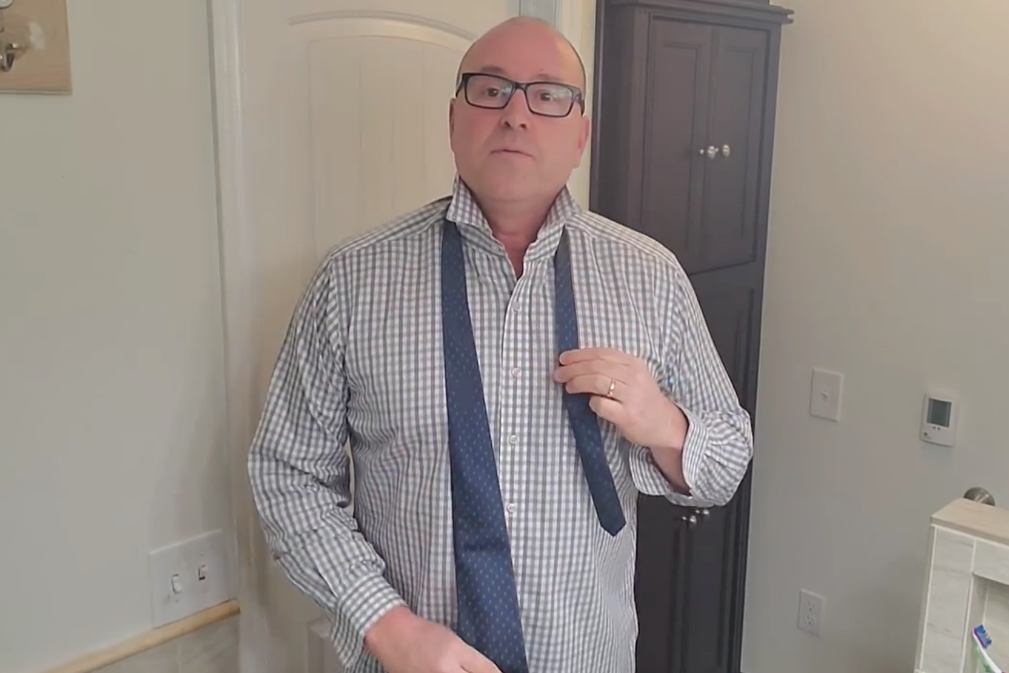Man who grew up with no father creates 'Dad, how do I?' YouTube channel to teach others