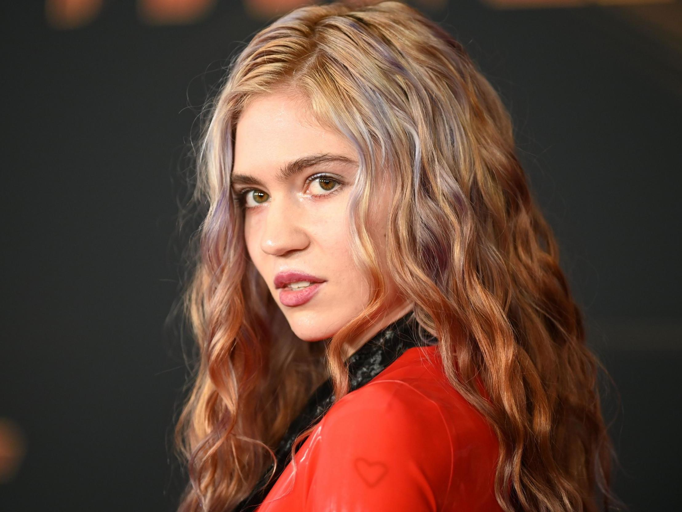 Grimes selling 'piece of her soul' in online art exhibition