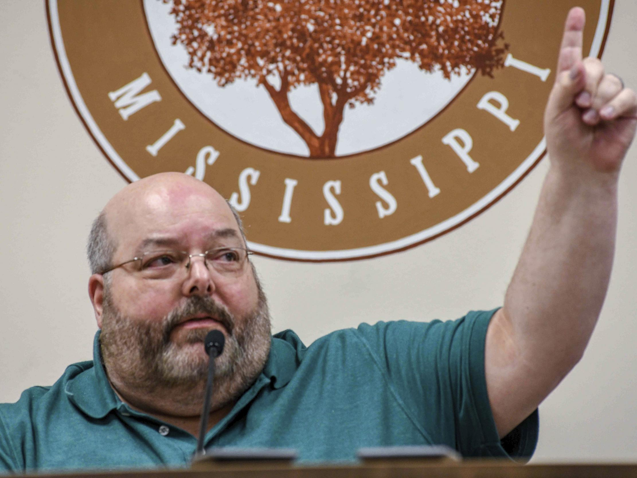 'If you can say you can't breathe, you're breathing': Mississippi mayor faces backlash over George Floyd comments thumbnail