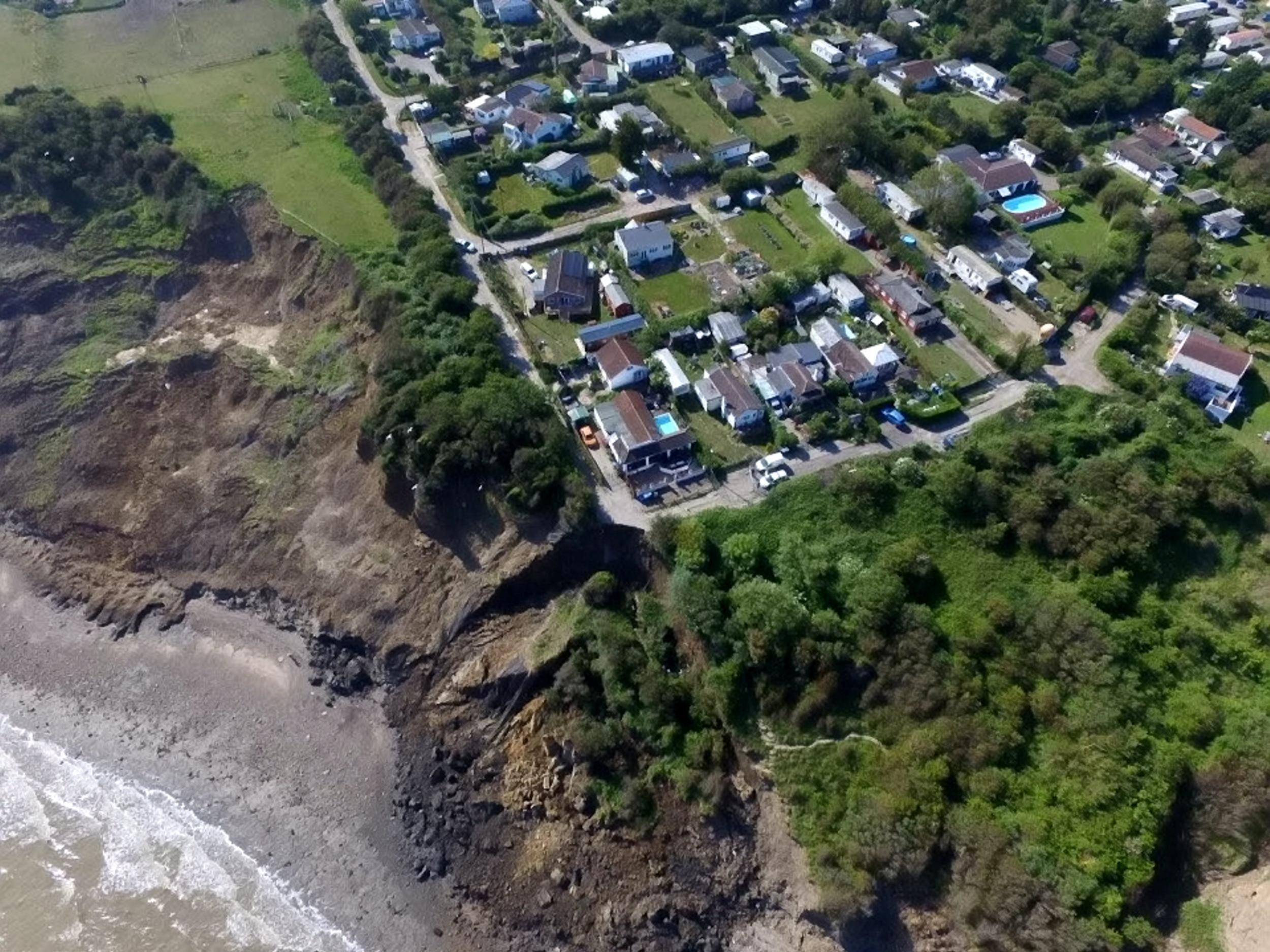 Kent cliff collapse forces families from homes in Eastchurch