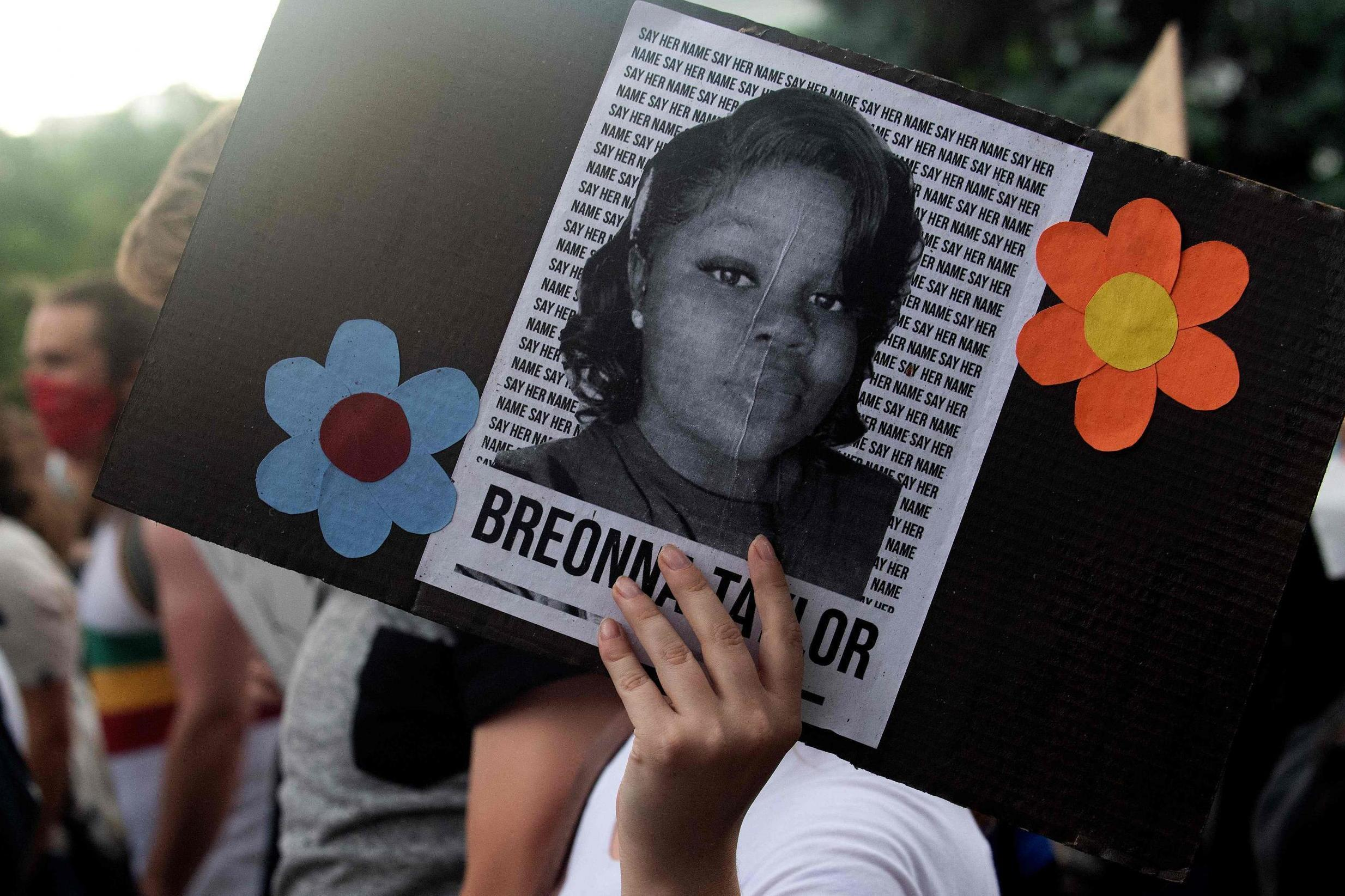 Breonna Taylor: People send birthday cards to Kentucky attorney general