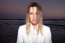 Alanis Morissette: 'I would put guardians around 19-year-old Alanis'