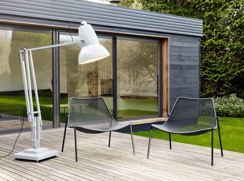 Best Outdoor Lights Illuminate The, Outdoor Floor Lamps For Patio Uk