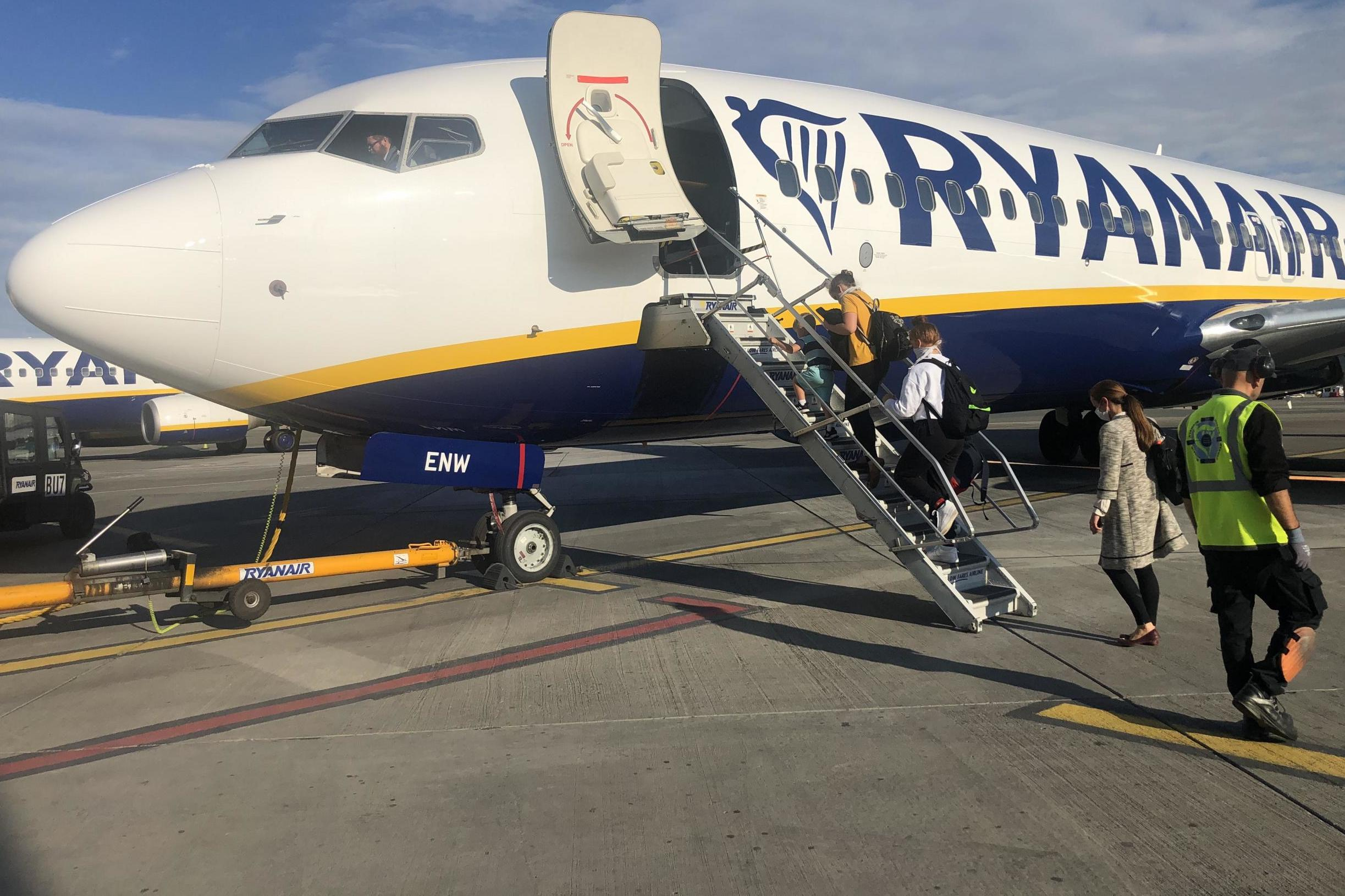 Ryanair pilots to take 20% pay cut after boss Michael O'Leary issues jobs ultimatum
