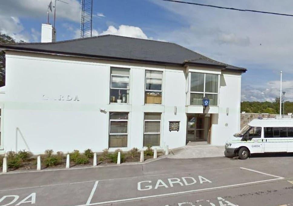 Dating Site Roscommon - Castlerea   flirtbox - Ireland