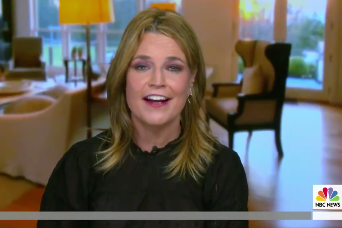 Savannah Guthrie Defends Hairstyle After Viewer Calls It Distracting The Independent The Independent