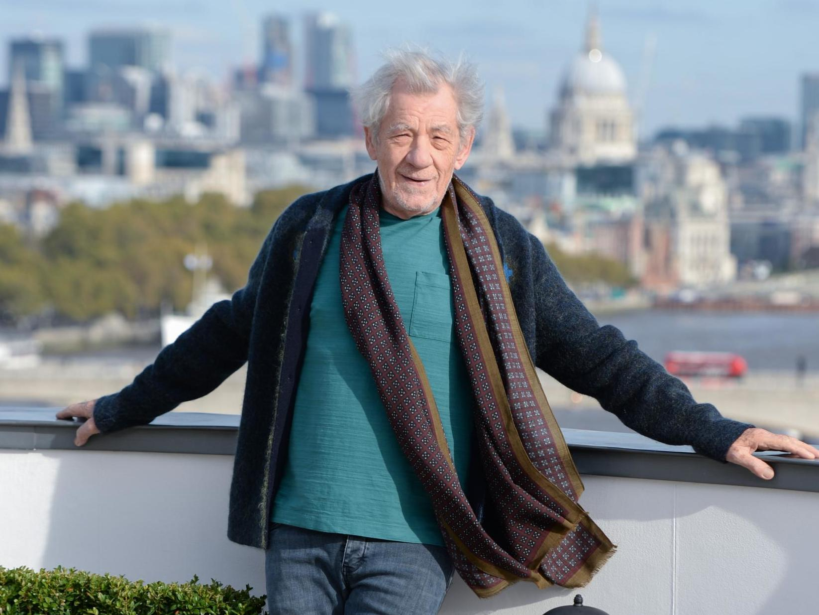 Sir Ian McKellen to play Hamlet in 'age-blind' theatre production