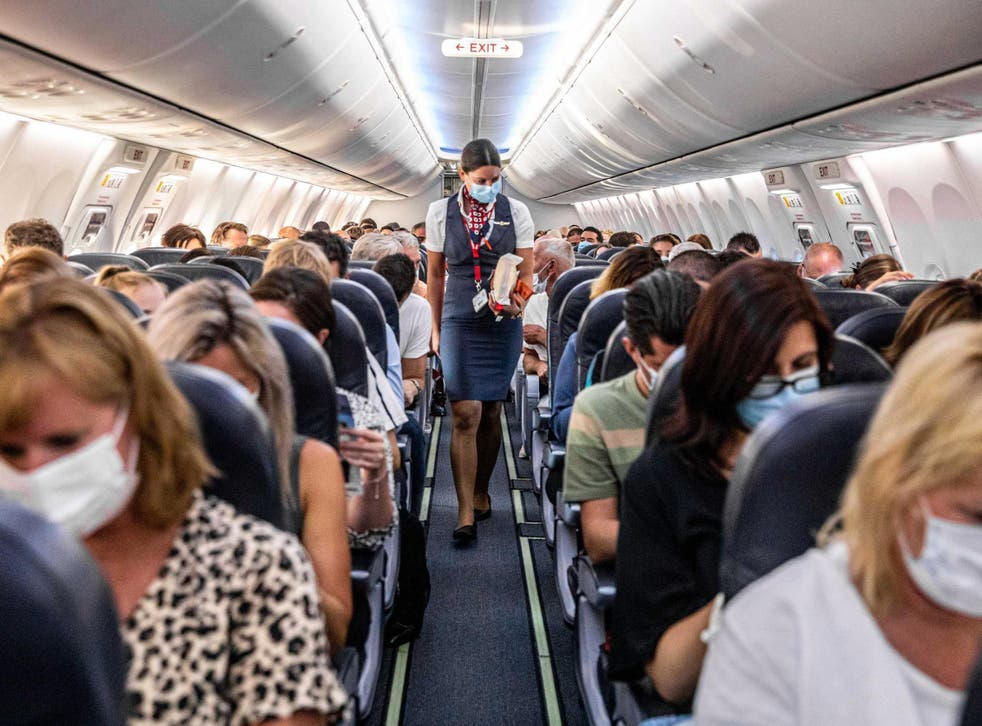 Related video: Planes have advanced air filtration systems says WHO expert