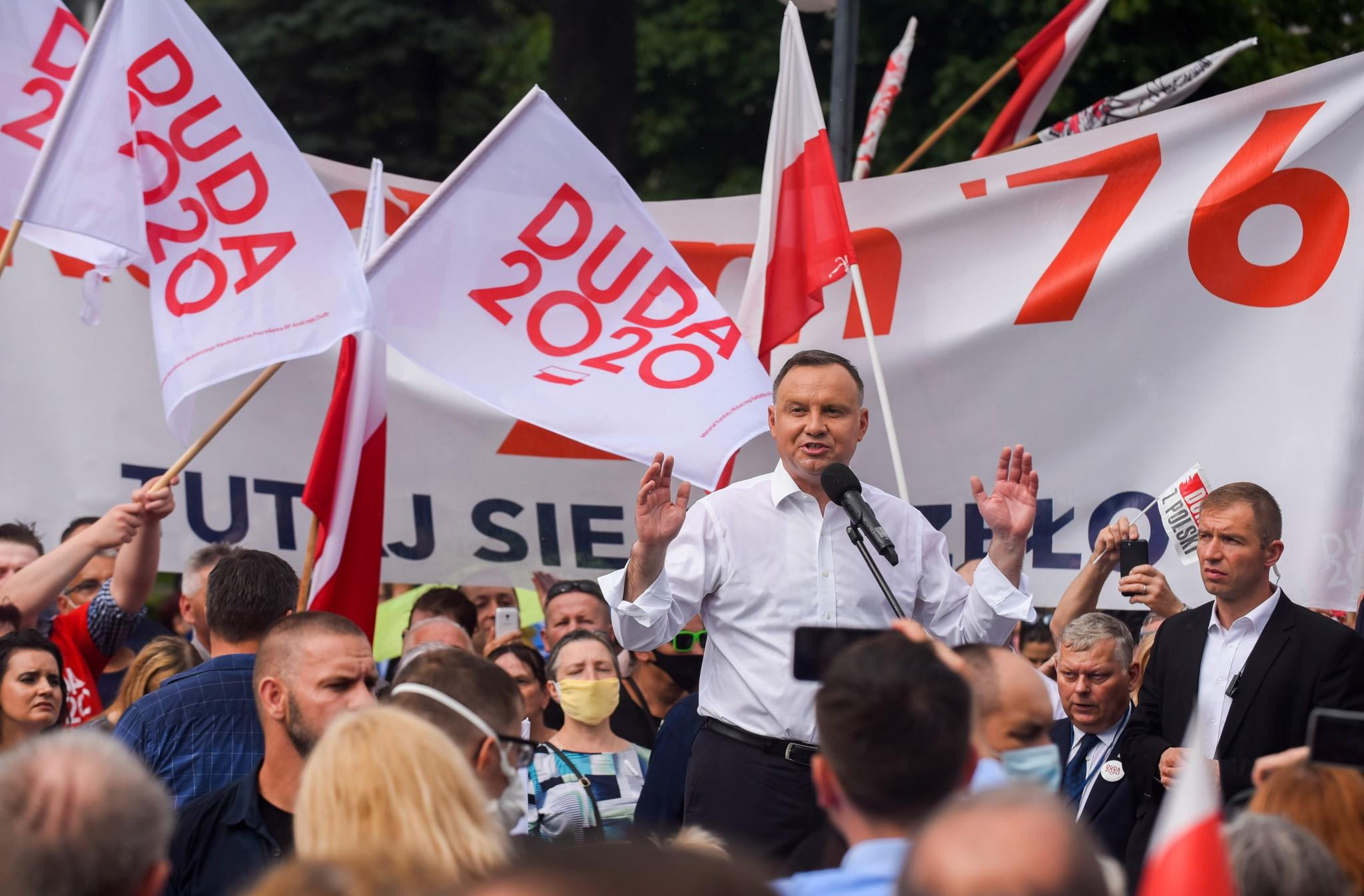 Poland's president hopes a Trump deal will help him win Sunday's election – it may divide the country more thumbnail