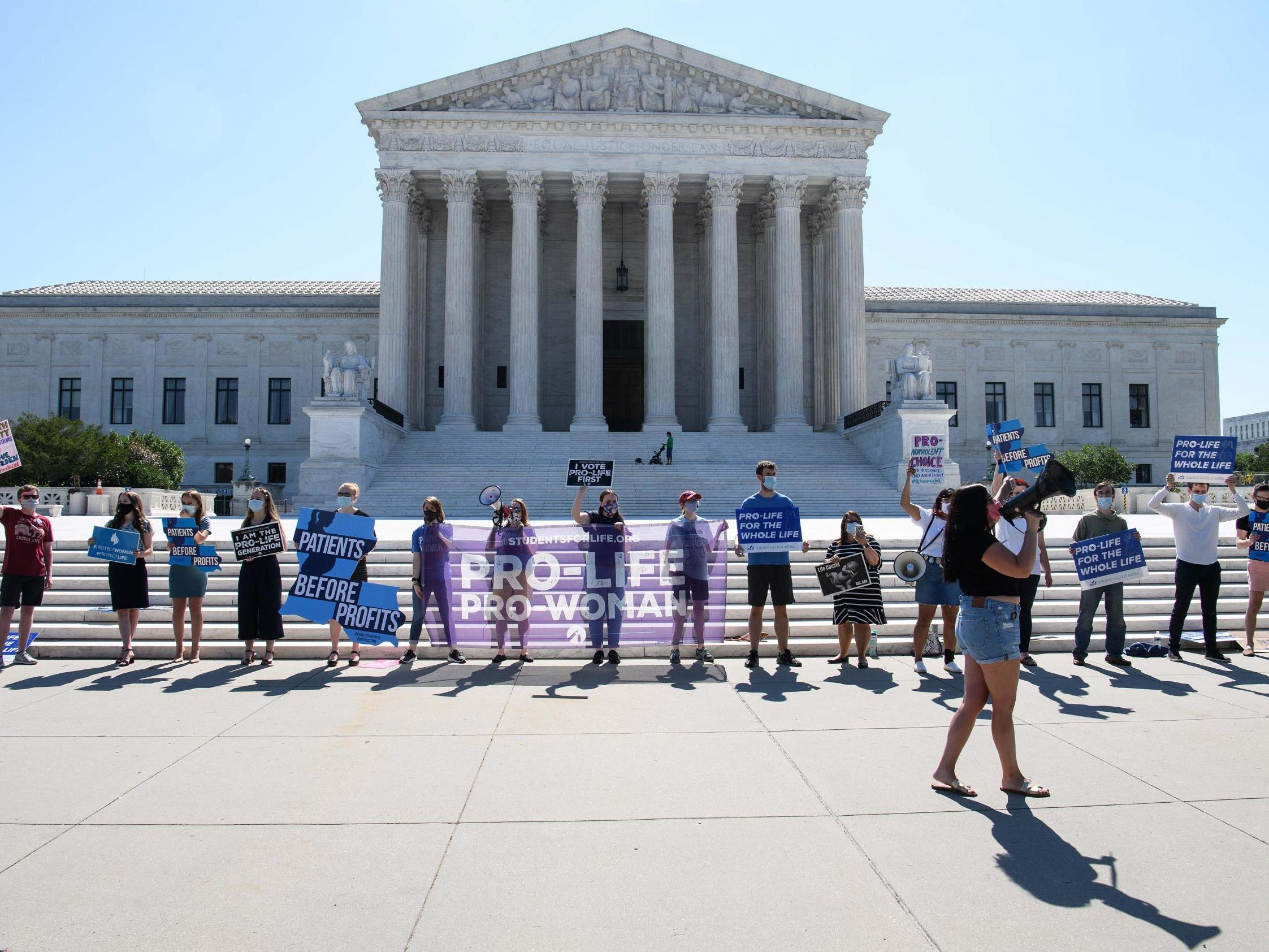 Supreme Court blocks controversial Louisiana abortion law which would have closed clinics thumbnail