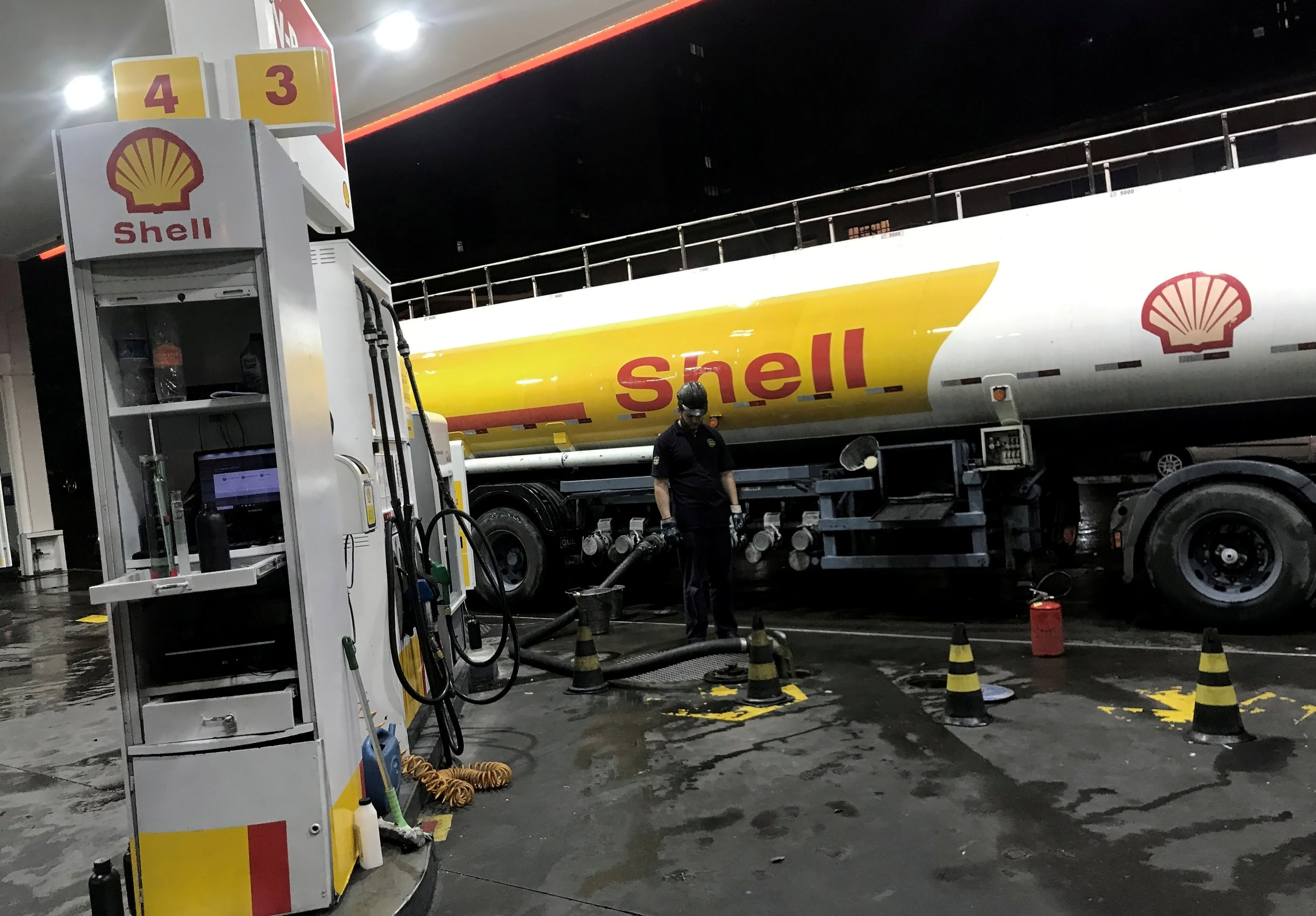 Shell takes $22bn coronavirus hit as oil giant slashes the value of fossil fuel assets