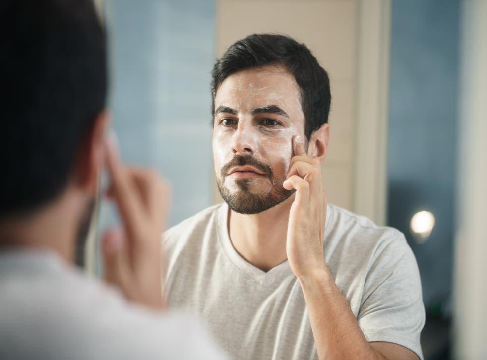 CVS to stock men's makeup line in 2,000 stores (Stock)