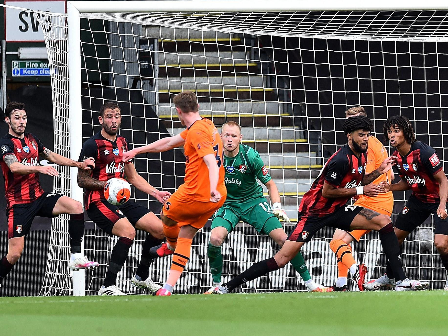 Bournemouth vs Newcastle LIVE: Latest score, goals and updates from Premier League fixture today thumbnail