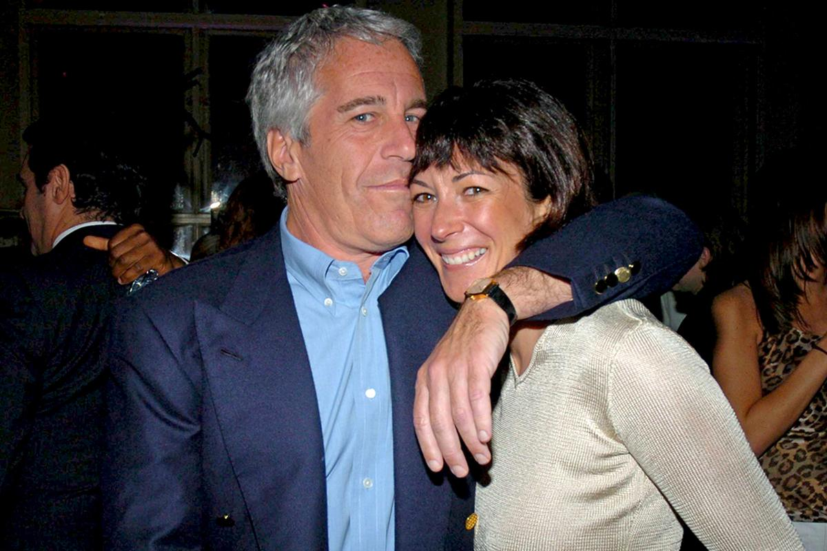 Ghislaine Maxwell: Imprisoned Epstein confidante given paper clothes and denied bedsheets over suicide fears thumbnail