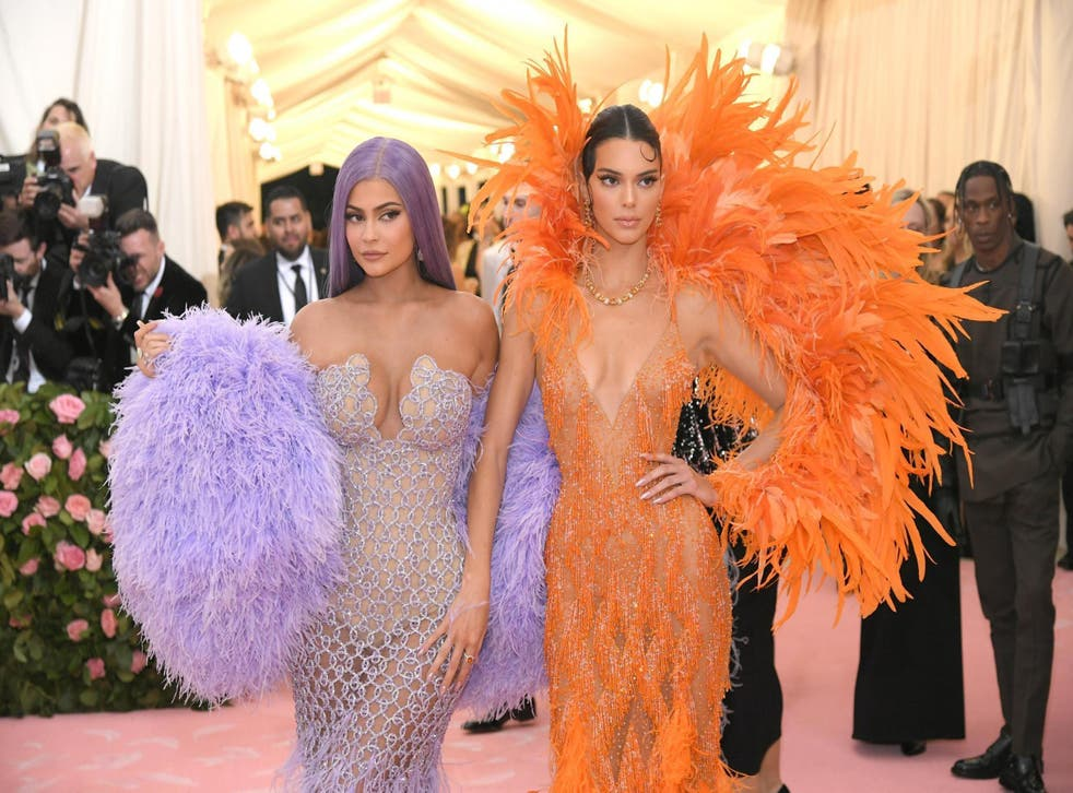 Kylie and Kendall Jenner deny claims clothing company failed to pay factory workers (Getty)