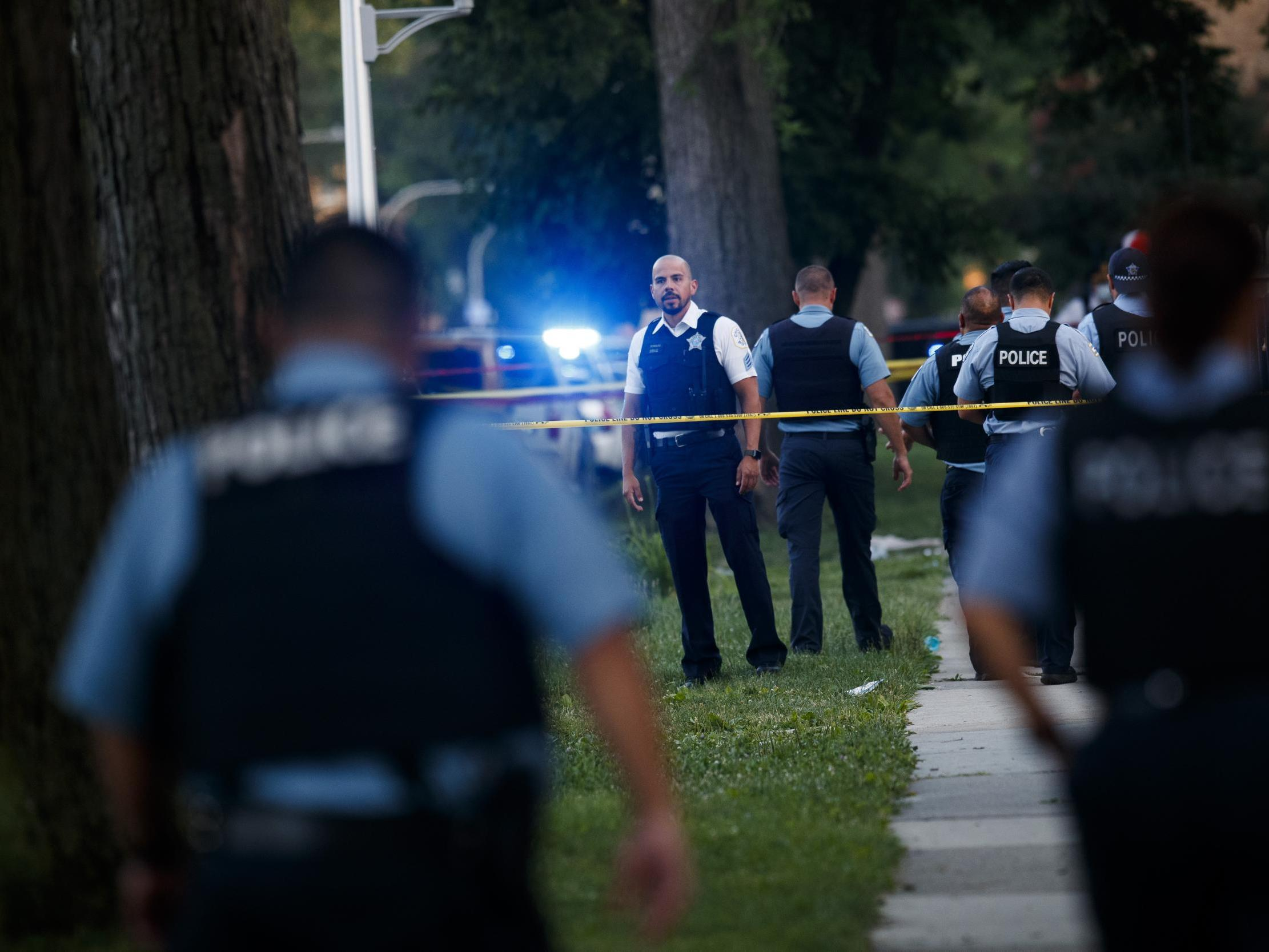 Chicago shootings: Seven-year-old girl among 17 killed and 89 shot in latest weekend of violence thumbnail