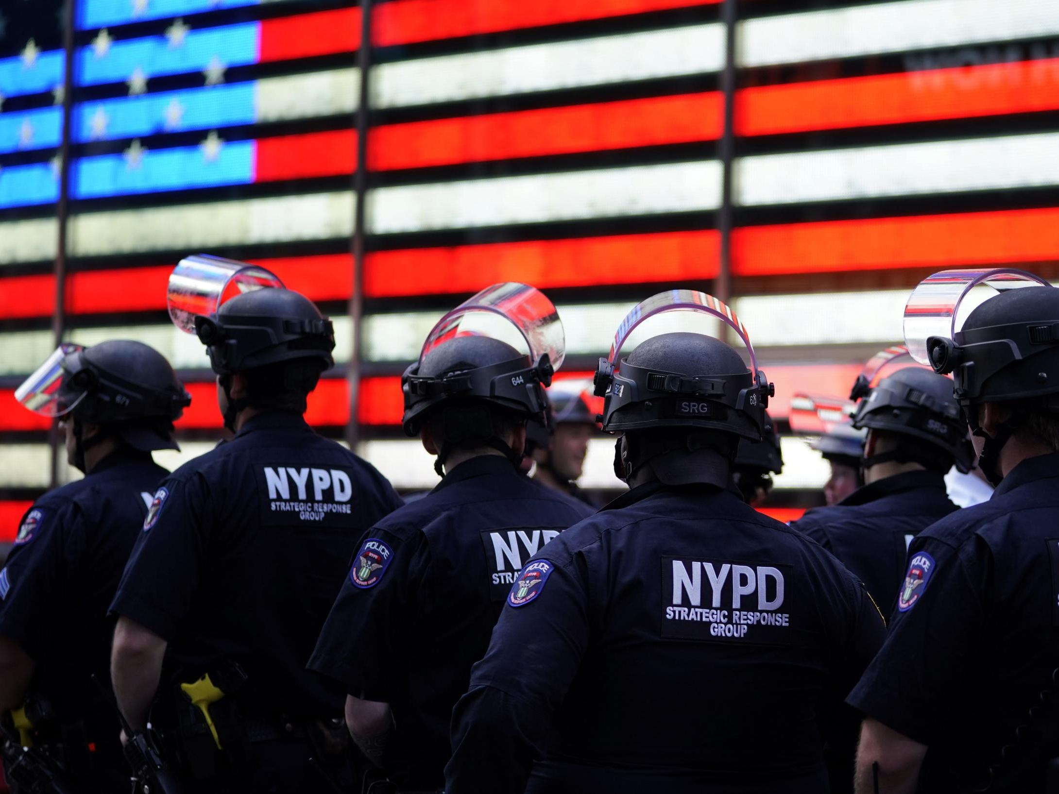 NYPD forced to impose limit on officers filing for retirement amid 400% surge of personnel trying to quit thumbnail