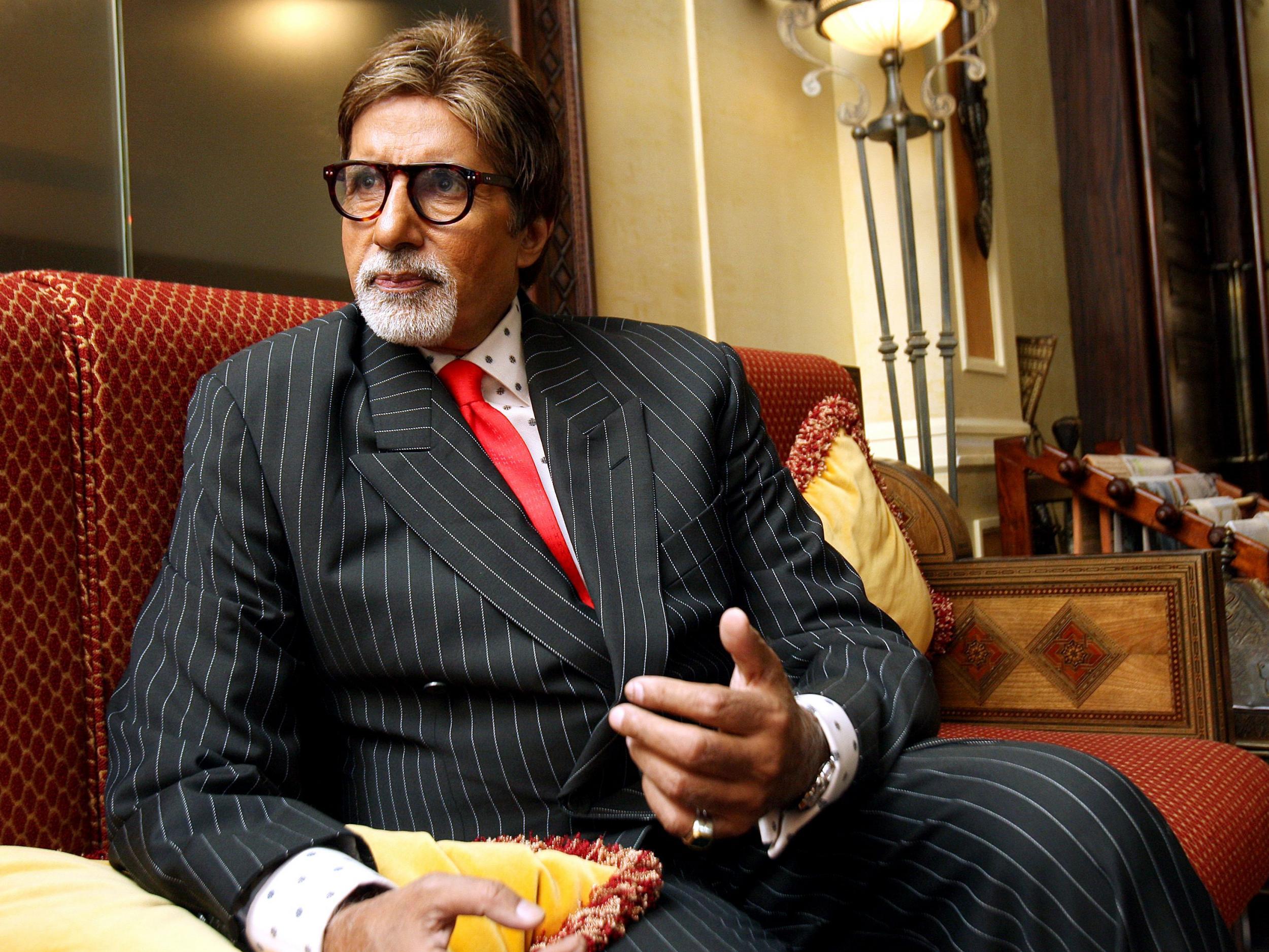 Amitabh Bachchan: Bollywood star in hospital with coronavirus