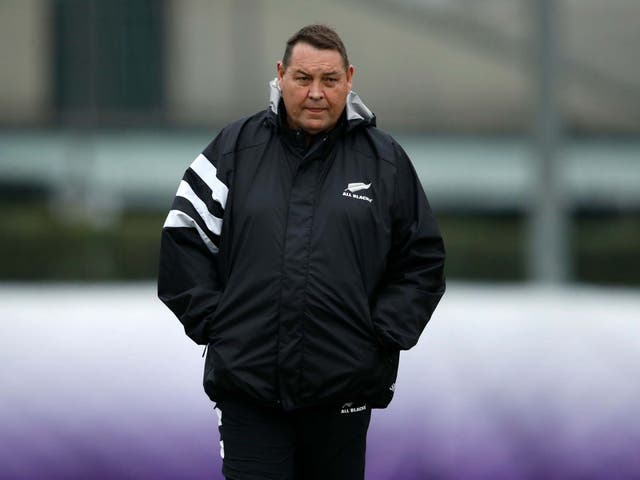 Steve Hansen believes New Zealand should not offer Australia any favours in talks over the future of Super Rugby