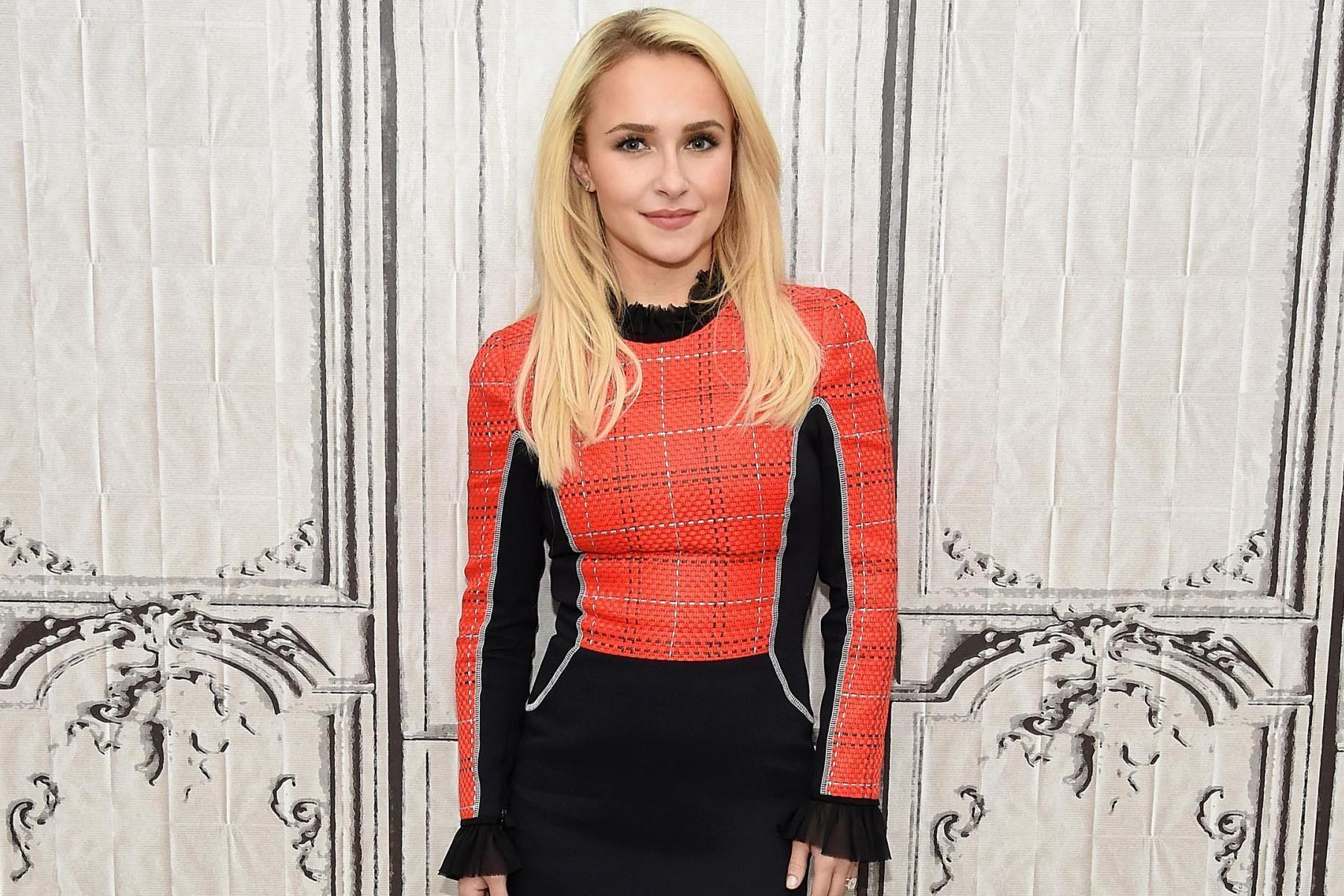 Hayden Panettiere addresses past alleged domestic abuse after ex-boyfriend arrested: 'Hope my story will empower others' thumbnail