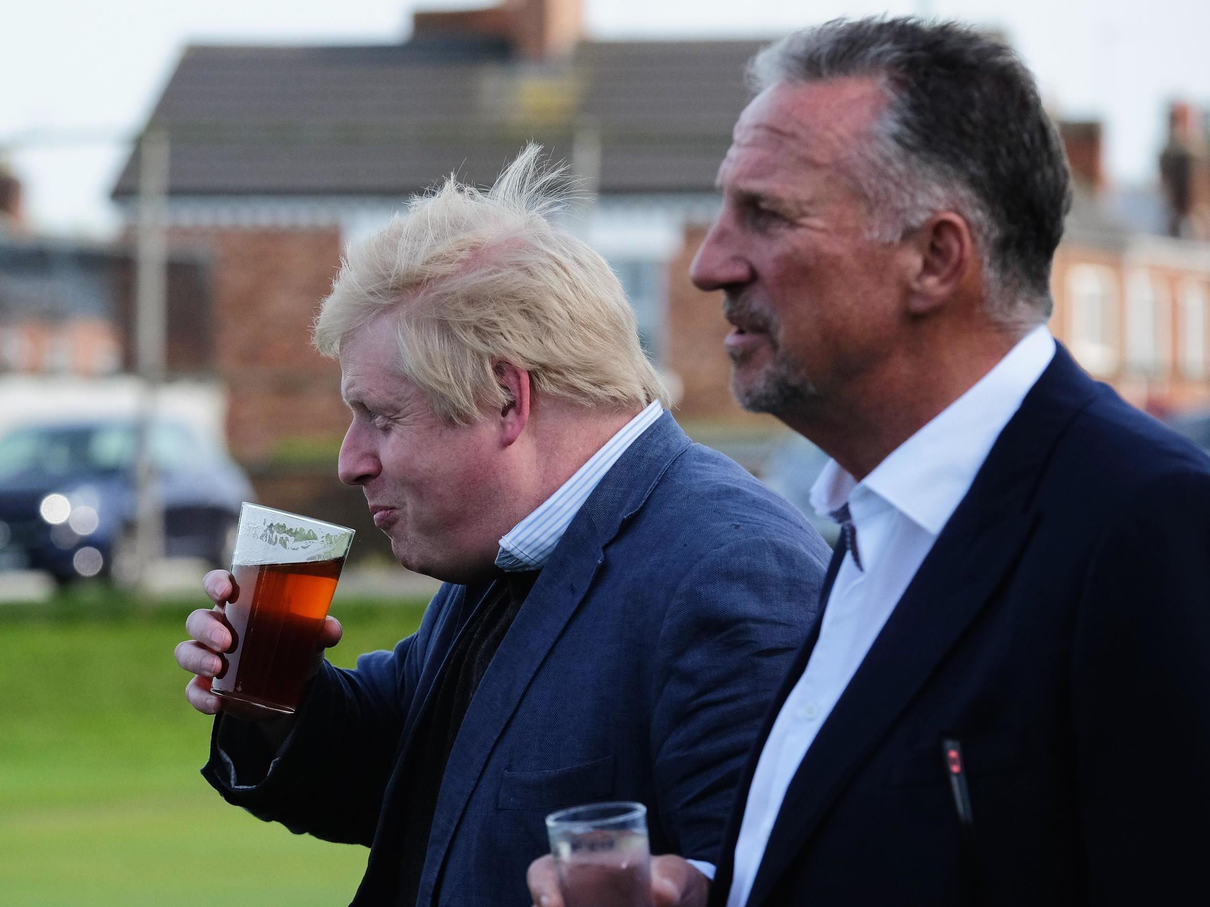 Sir Ian Botham set to be made a peer for backing Brexit thumbnail