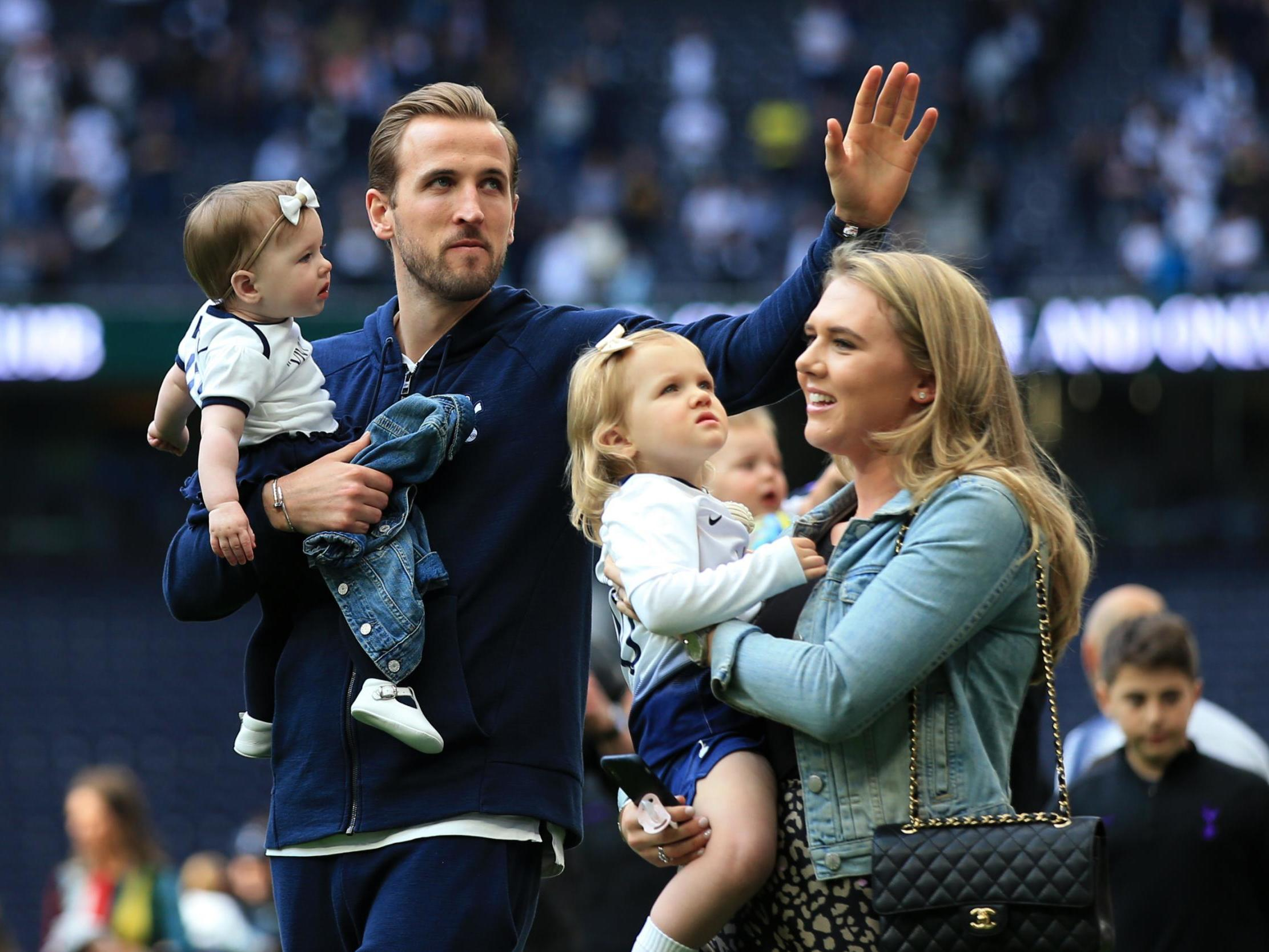 harry kane and wife kate announce they are expecting third child the independent the independent harry kane and wife kate announce they