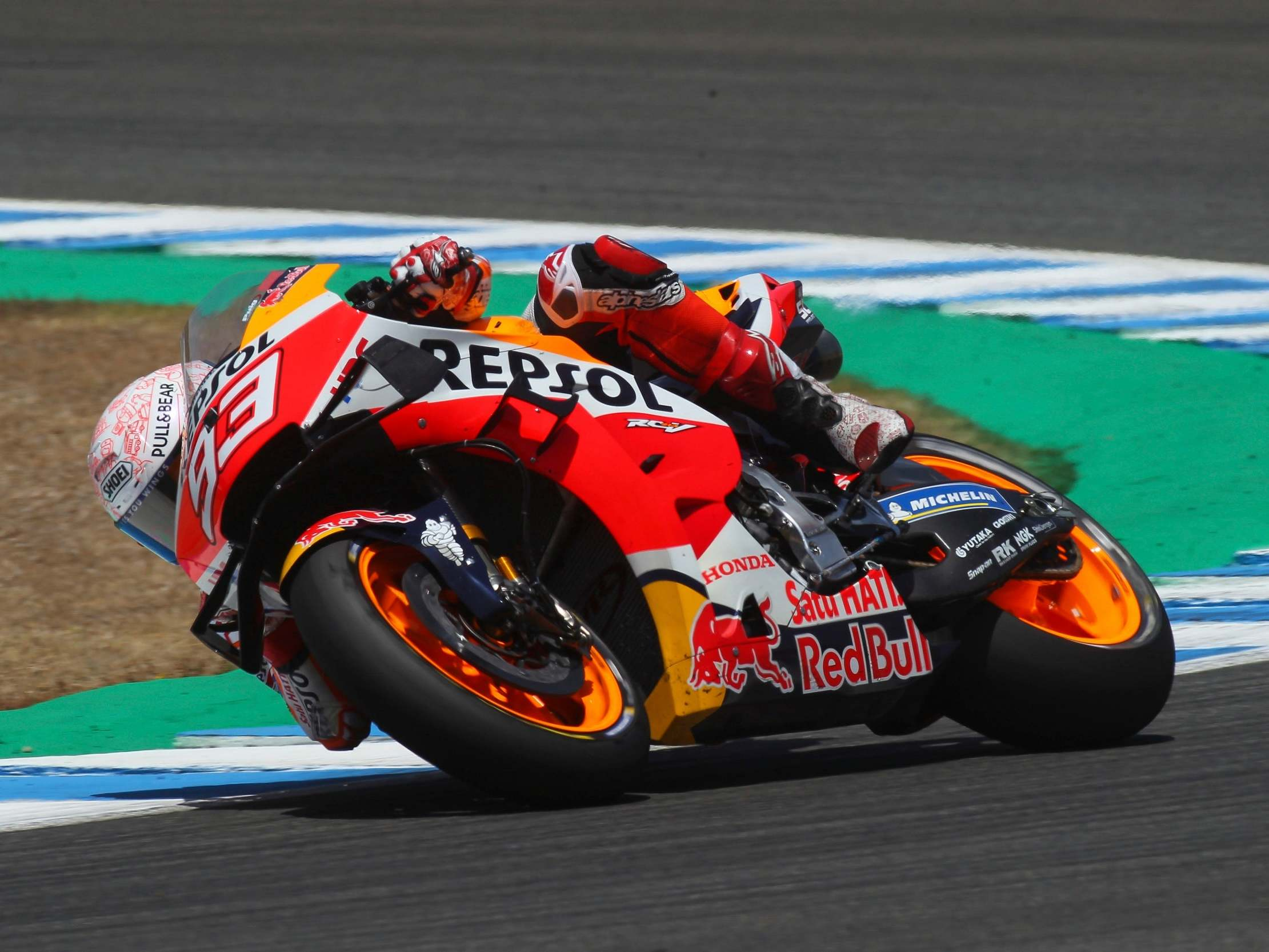 Marc Marquez Suffers Broken Arm And Possible Nerve Damage After Crash In Opening Motogp Race The Independent The Independent