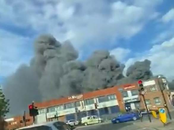 Park Royal fire: About 80 firefighters tackle 'severe' blaze affecting bakery and restaurant in west London thumbnail