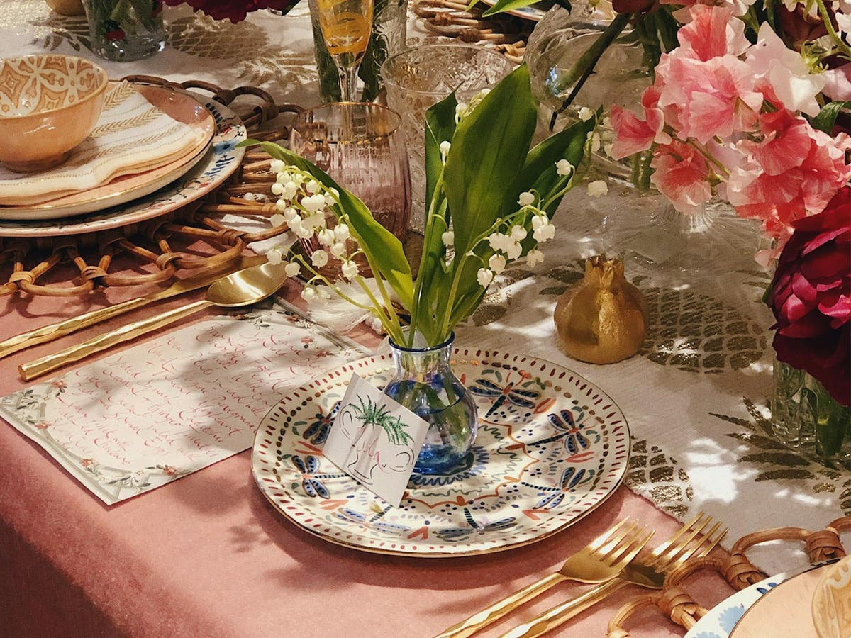 Tablescaping How To Create A Beautiful Dinner Setting The Independent