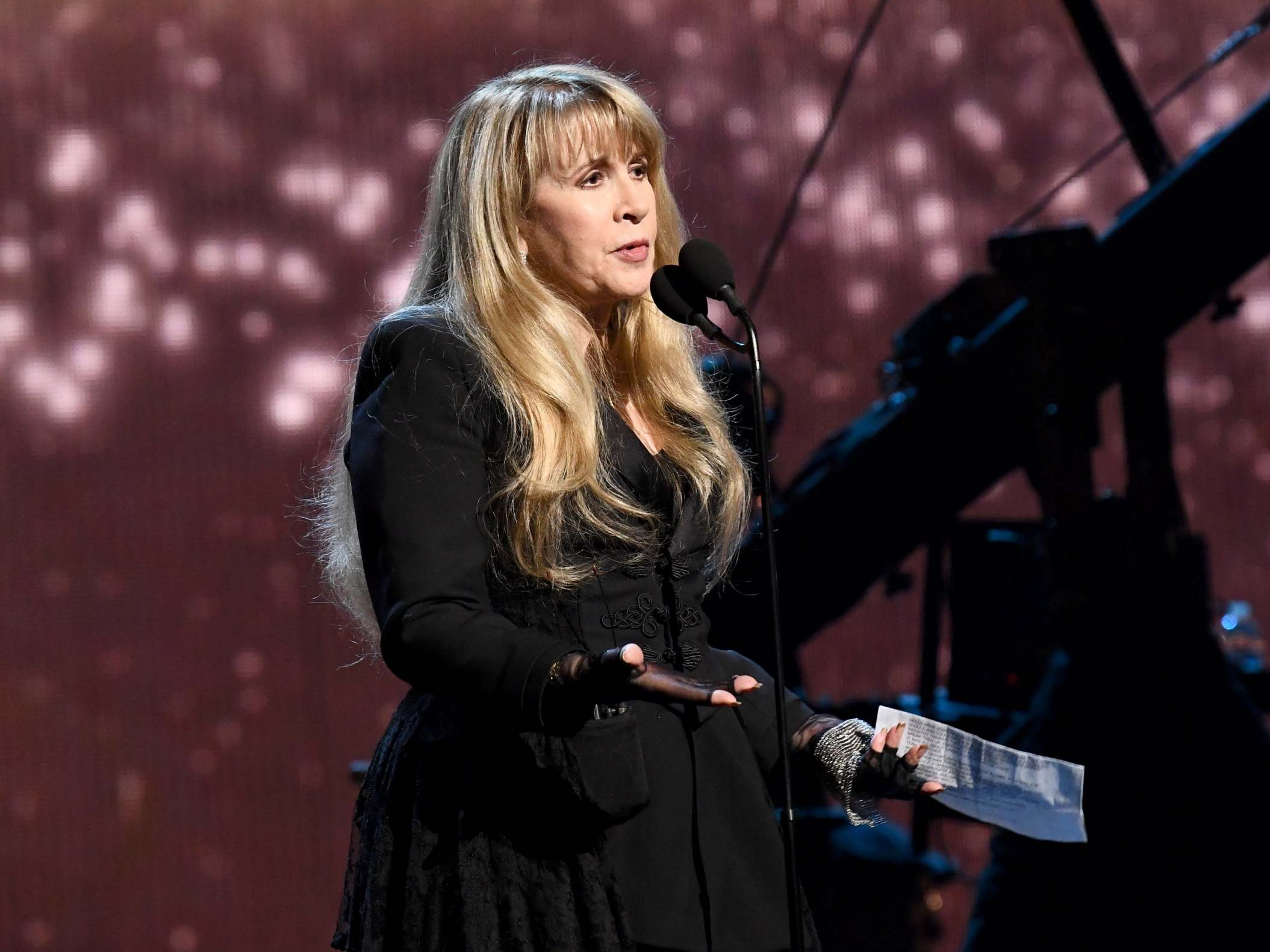 View Stevie Nicks Gif