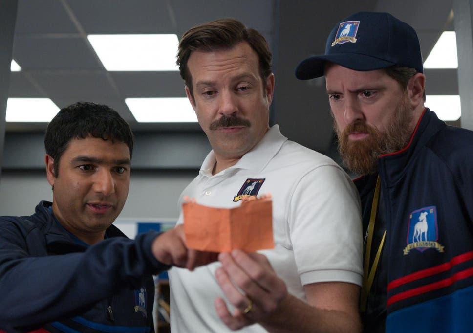 Ted Lasso review: Jason Sudeikis is a hapless football coach in ...
