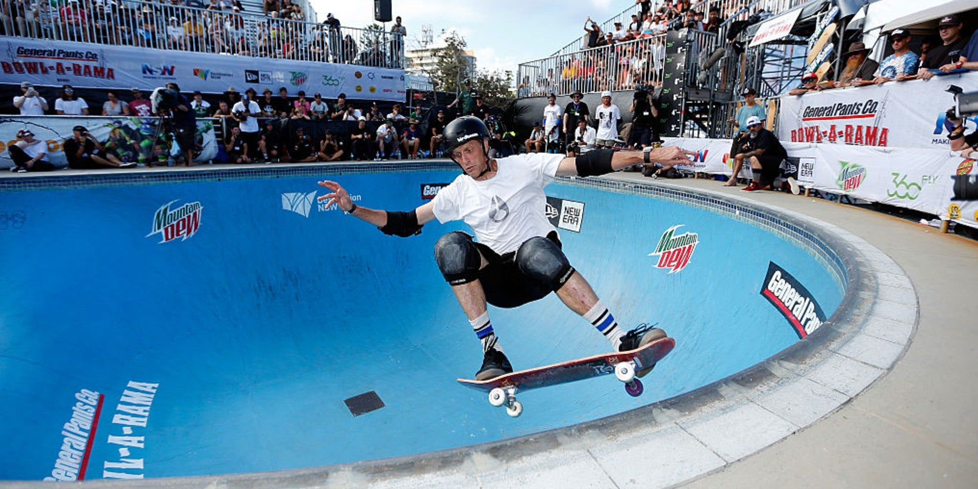 Tony Hawk changes name of problematic trick to honour deaf skater who invented it - indy100