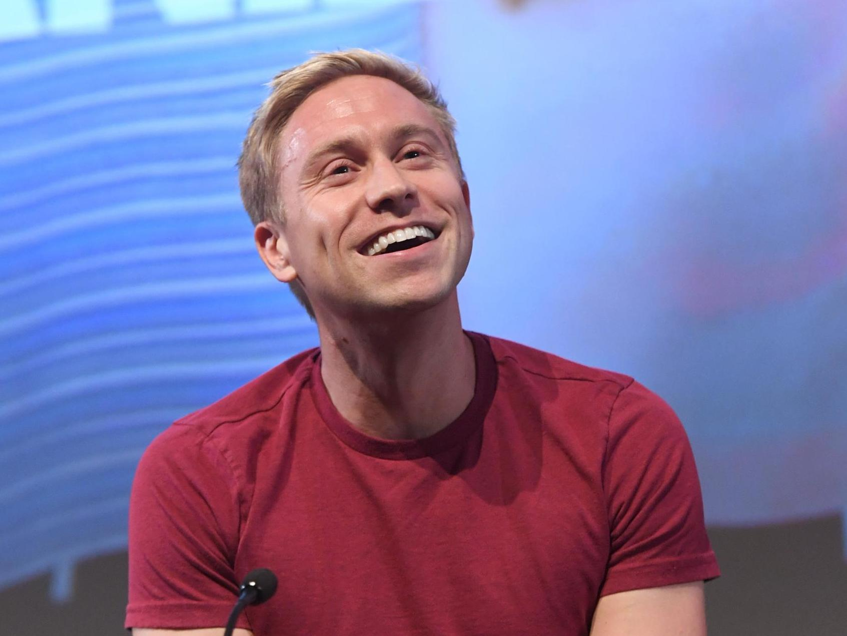Russell Howard's phone tantrum was pointless when live comedy is struggling
