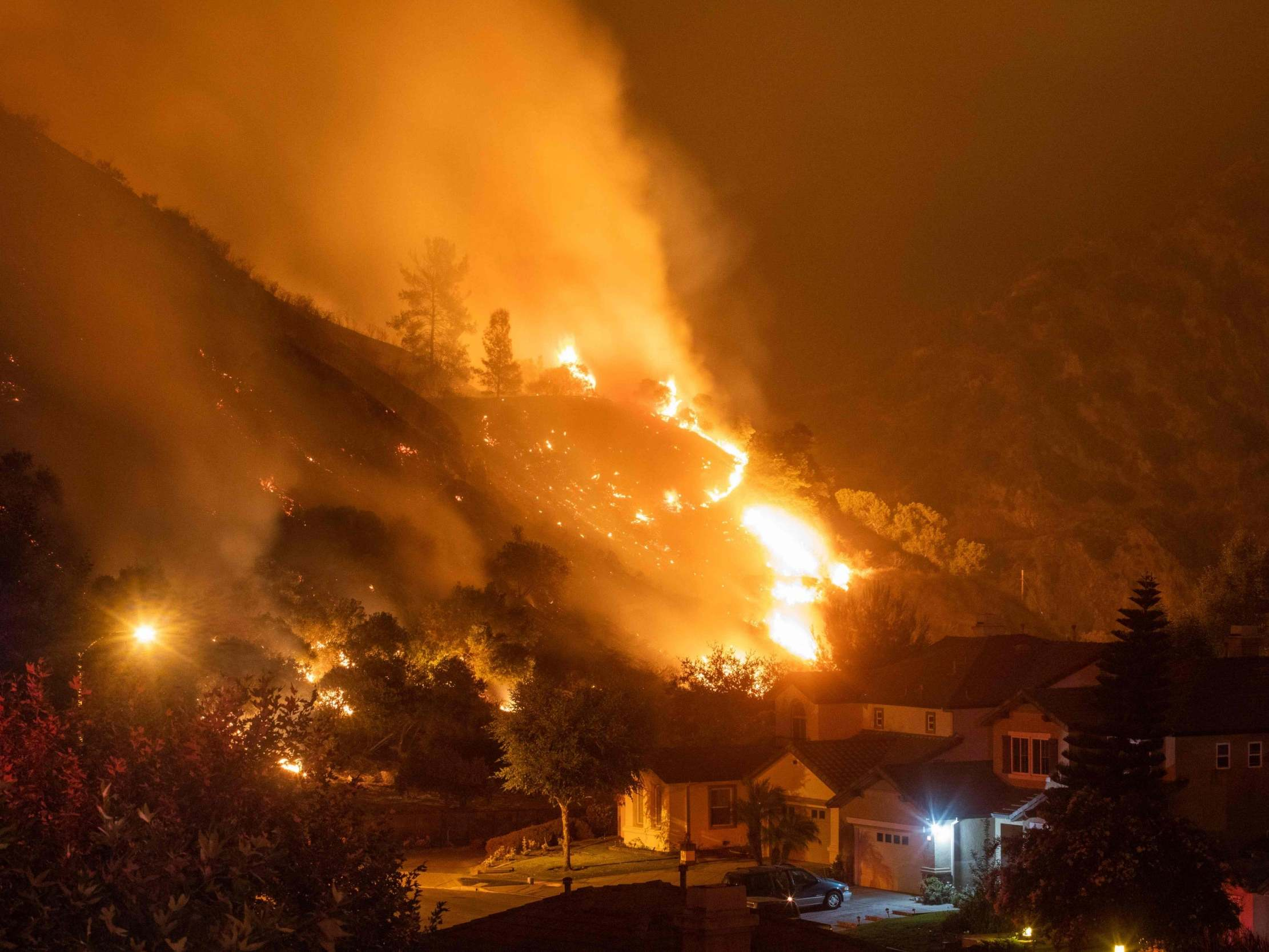 California wildfires: Rolling blackouts for first time in decade as temperature hits 112F and blazes threaten LA