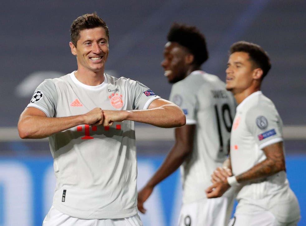 Robert Lewandowski celebrates scoring Bayern's sixth goal