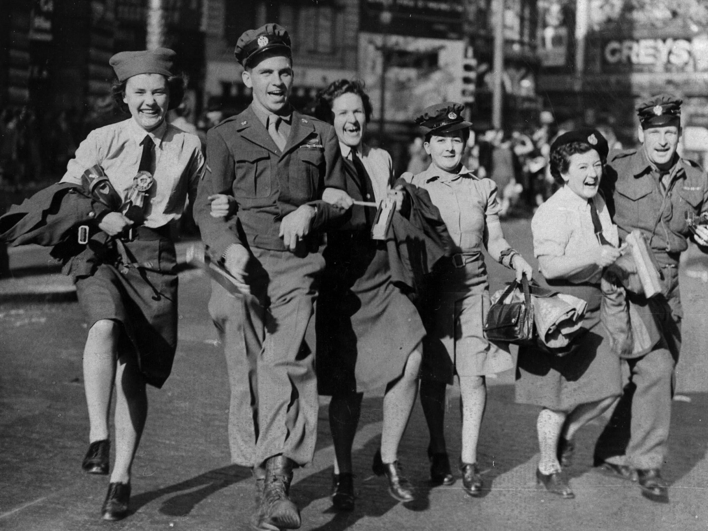 VJ Day 2020: What time is two-minute silence taking place today?
