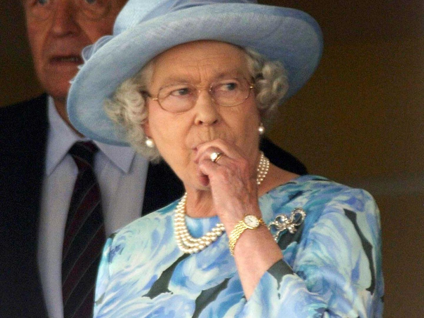 Everything the Queen eats in a day, according to royal chefs