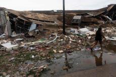 Huracán Laura: niña de 14 años se convierte en la primera víctima estadounidense al caer un árbol sobre su casa