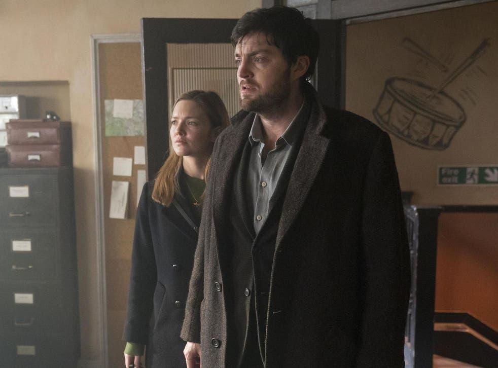 Ellacott (Holliday Grainger) and Strike (Tom Burke) in 'Lethal White'