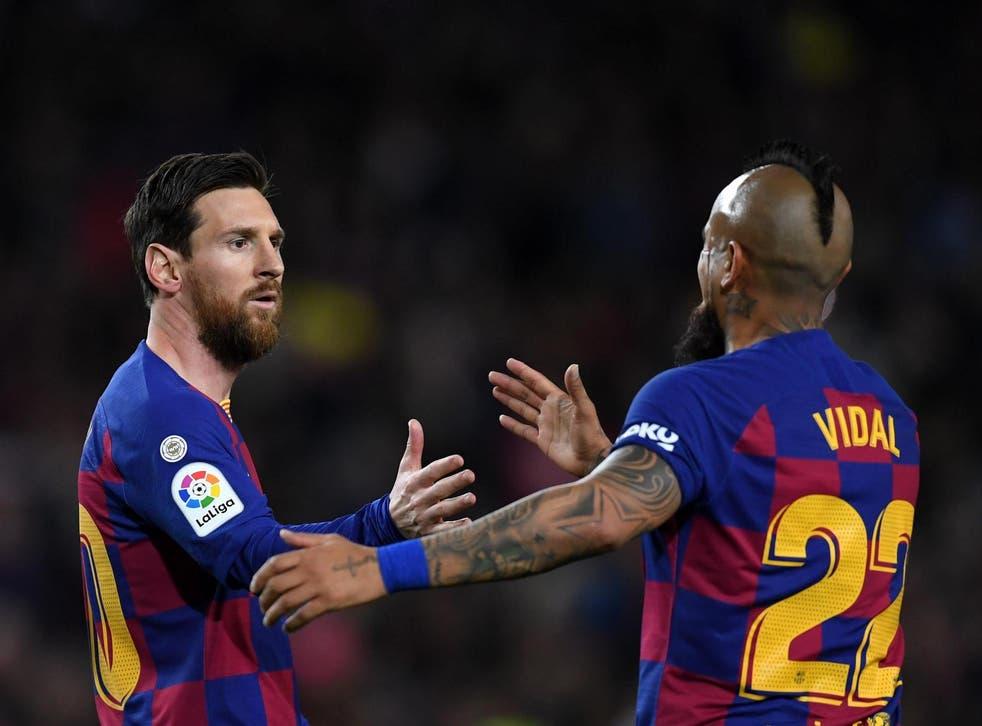 Lionel Messi y Arturo Vidal podrían no ser compañeros en el Barcelona por mucho más tiempo