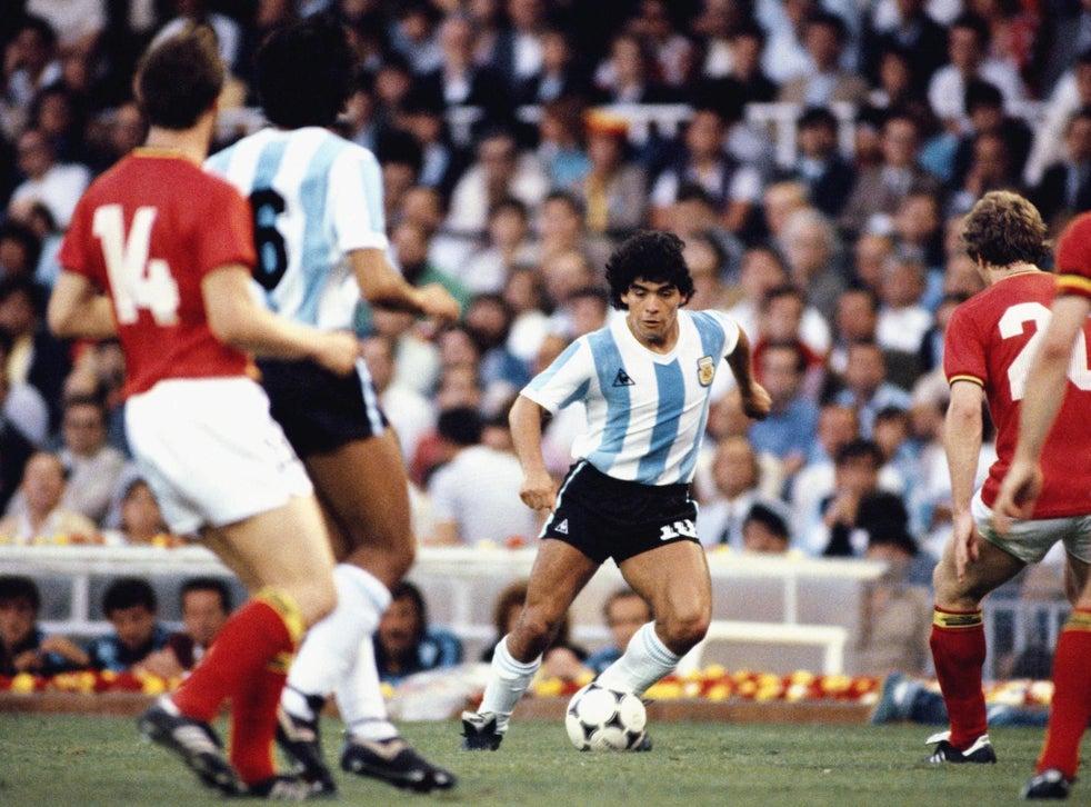 Thành công của Maradona với Argentina được chống lại Messi trong sự so sánh