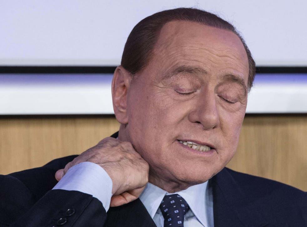 Silvio Berlusconi dio positivo por coronavirus después de un control de precaución, dijo su oficina