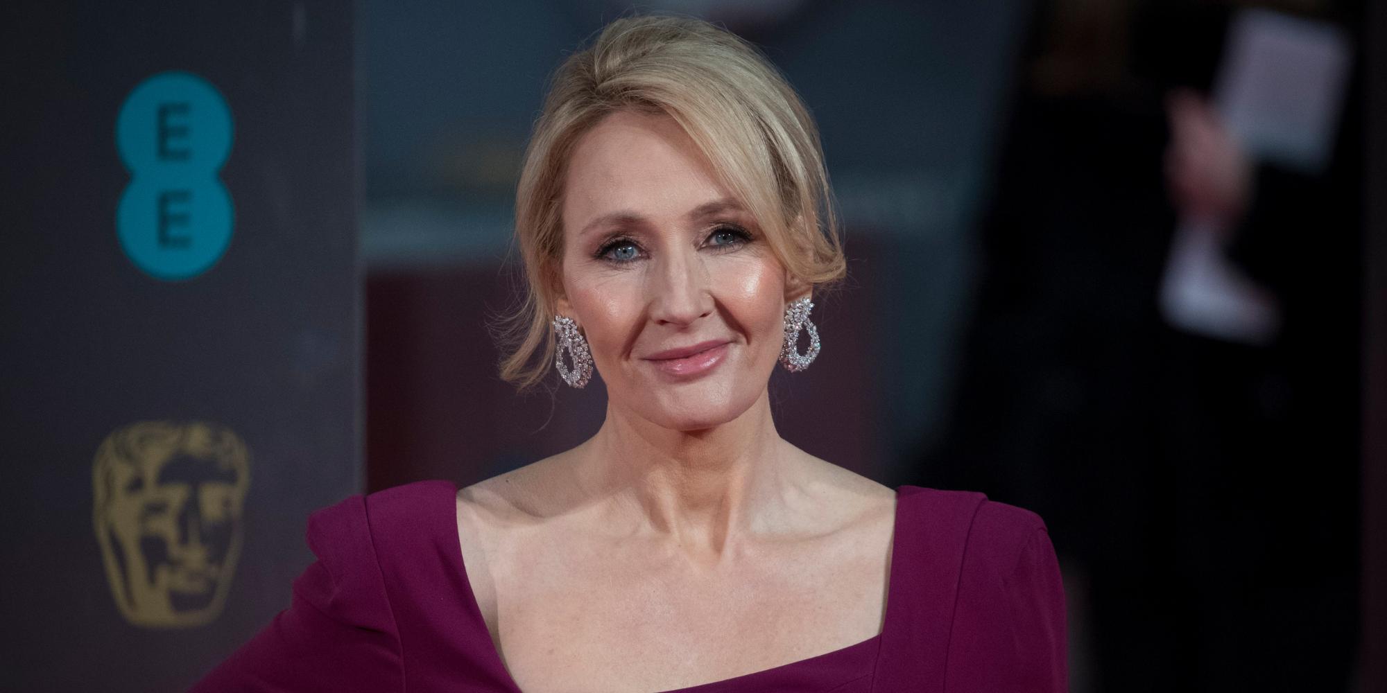 Jogo baseado na história de Harry Potter gera conversas sobre o legado de JK Rowling